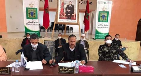 مجلس جماعة طانطان يصادق على تعديلات القرار الجبائي وتخفيض رسوم التعمير