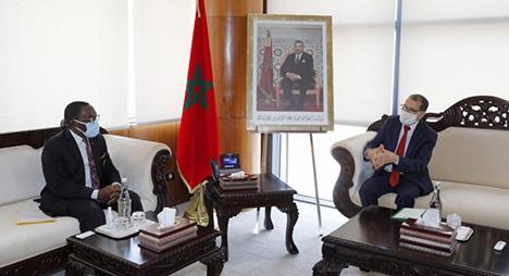 رئيس الحكومة يستقبل رئيس المجلس الاقتصادي والاجتماعي بكوت ديفوار