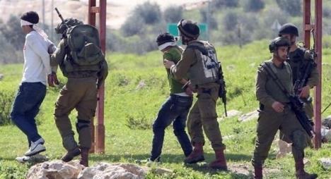 مؤسسات فلسطينية: الاحتلال اعتقل مليون فلسطيني منذ 1967