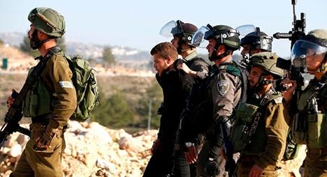 حملة اعتقالات بالضفة وإصابة شاب بالرصاص خلال مواجهات مع الاحتلال