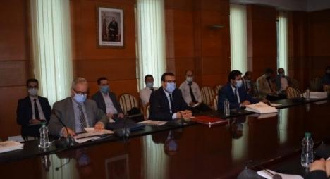 لجنة الشؤون الاجتماعية بالمستشارين تجيز مرسوم يقضي بصرف تعويضات لفائدة بعض منخرطي CNSS
