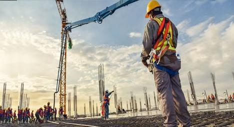 هل سيستعيد قطاع البناء والأشغال العمومية دينامية ما قبل الأزمة؟