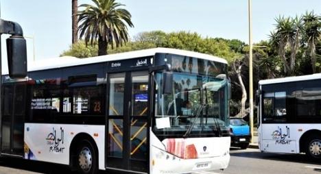"""عمدة الرباط يدخل على خط إضراب عمال حافلات """"شركة ألزا"""""""