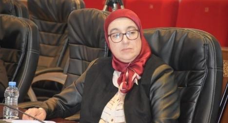 أفيلال تتساءل عن جدوى التصريح بالممتلكات في ظل عدم تجريم الإثراء غير المشروع