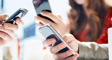 بحث ميداني: 99.8 بالمائة من الأسر المغربية تتوفر على هاتف نقال