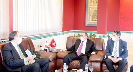 العبدلاوي يتباحث مع القنصل العام الفرنسي بطنجة سبل التعاون في مجموعة من المشاريع