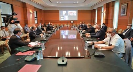 """لجنة الداخلية بمجلس المستشارين تصادق على مشروع مرسوم """"الطوارئ الصحية"""""""
