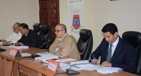 وزارة الداخلية تكافئ جماعة تيزنيت لتميزها في برنامج أداء الجماعات