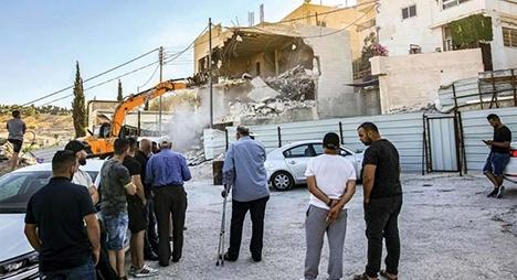 أهالي الشيخ جراح يواصلون صمودهم أمام الاعتداءات الاسرائيلية
