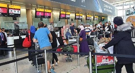 تنظيم رحلة أولى لعودة المغاربة العالقين في المملكة المتحدة