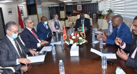المغرب والسودان يعززان تعاونهما الثنائي في قطاع المعادن