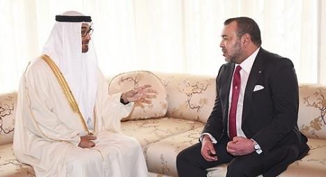ولي عهد الإمارات العربية يخبر جلالة الملك بقرار بلاده فتح قنصلية عامة بالعيون