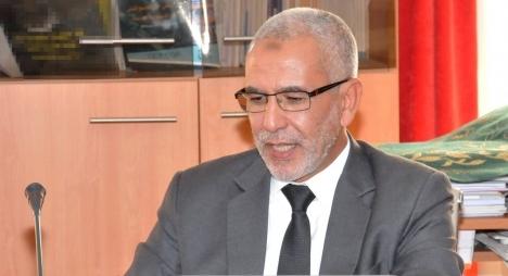 العمراني:التعديل الحكومي يدبر بين رئيس الحكومة وجلالة الملك