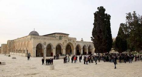 الرئاسة الفلسطينية تحذر من مغبة المساس بالوضع القائم في المسجد الأقصى