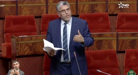 الرميد يصدر مذكرة بشأن حق الحكومة في تناول الكلمة بمجلس النواب