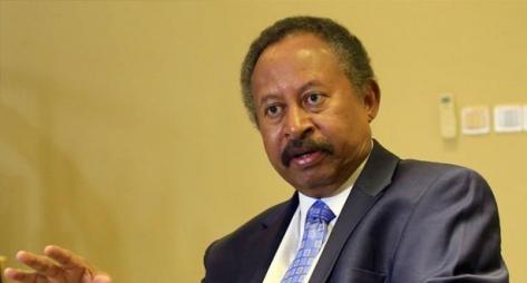 رئيس الوزراء السوداني يعلن تشكيلة الحكومة الانتقالية