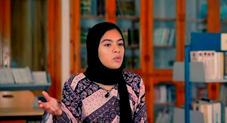 التلميذة المغربية سارة الضعيف وصيفة بطل تحدي القراءة العربي 2021