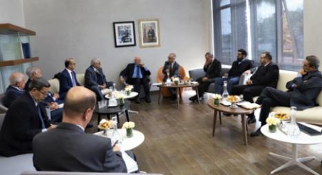 ممثلو الجمعية المغربية للمصدرين يقدمون تصورهم بشأن النموذج التنموي الجديد