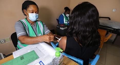 البنك الدولي: إفريقيا تحتاج لـ12 مليار دولار للقاحات كوفيد-19 لوقف انتشار الفيروس