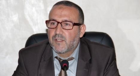 """اتفاق بين مجلس طنجة و""""أمانديس"""" يُعفي الطنجاويين من الزيادة في الماء والكهرباء"""