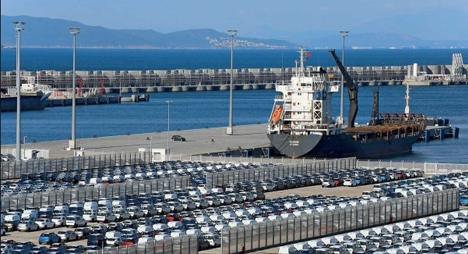 ارتفاع حركة النقل التجاري بالموانئ المغربية