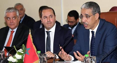 رباح يؤكد الأهمية التي يوليها المغرب للبحث العلمي في مجال الطاقة