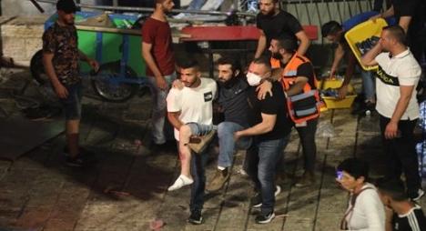 عشرات الجرحى في اعتداءات للاحتلال استهدفت الفلسطينيين في القدس