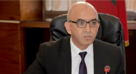"""شيخي يحذر من """"الاستغلال السياسوي"""" لقرار منع التنقل من وإلى بعض المدن"""
