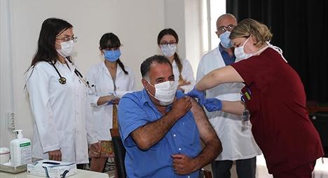 """تركيا تبدأ باختبار المرحلة الثالثة للقاح """"كورونا"""""""