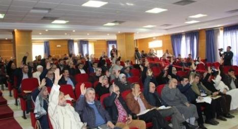 مجلس جماعة طنجة يصادق بالاجماع على النقط المدرجة بدورة فبراير
