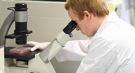 """سباق تطوير لقاح """"كورونا"""".. ماذا تعني فاعلية اللقاح ضد الوباء؟"""